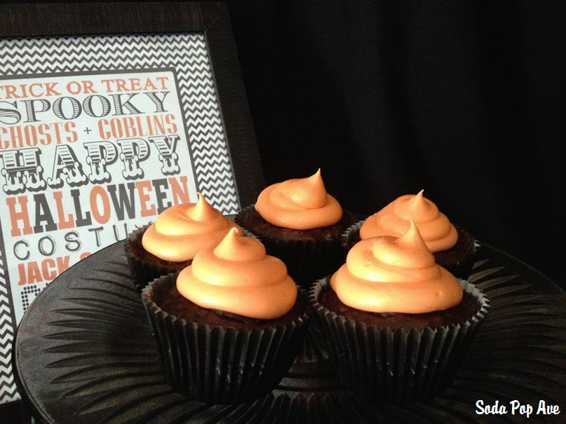 Halloween Cupcakes (2).JPG