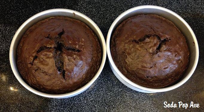 Halloween Oreo Cake (4).JPG