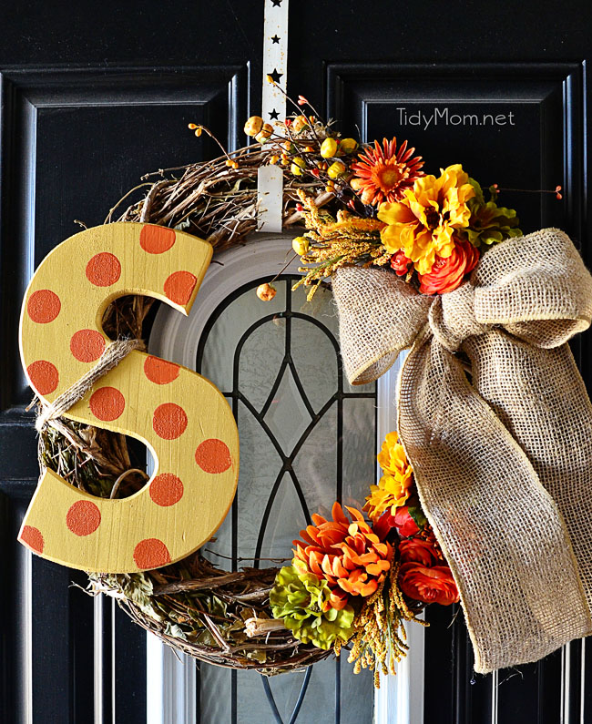 DIY-Monogram-Fall-Wreath_TidyMom.jpg