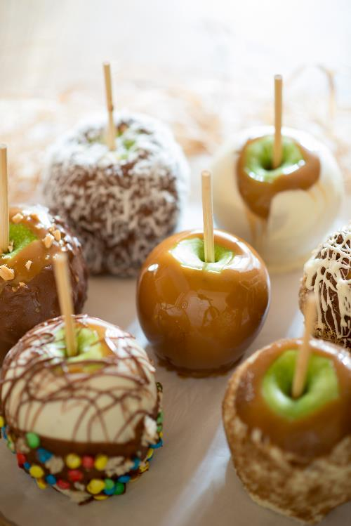 Caramel Apples.jpeg