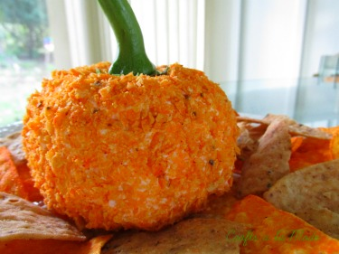 Pumpkin Cheeseball.jpg