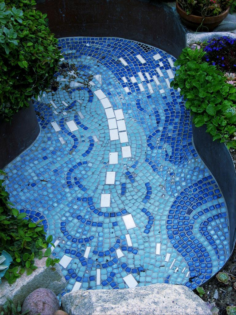 pool mosaic.jpg