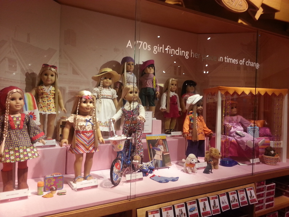decisions decisions a trip to the american girl store the airship. Black Bedroom Furniture Sets. Home Design Ideas