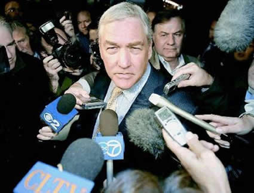 On his way in our out of court, looking charming per usual, in 2007.