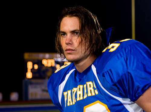 You can keep making crappy movies, Riggins. You can even keep the '90s hair, just as long as you keep looking so pretty.