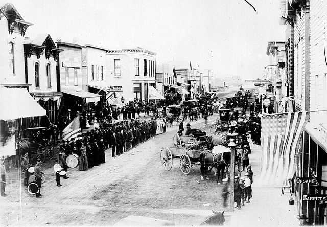 Civil War Veterans, Fourth of July or Decoration Day, Ortonville, Minnesota circa 1880 (Credit: Image from Flickr user Marion Doss, used with Creative Commons license)