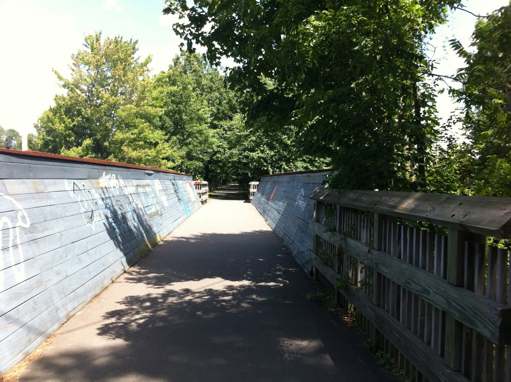 A bridge on the trail nearby the Hamden-Cheshire border