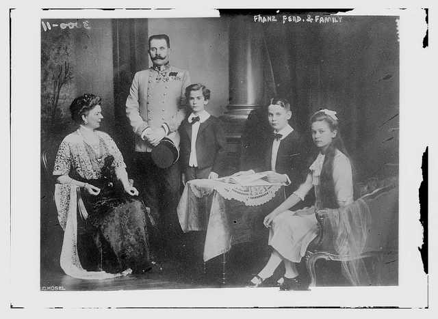 Franz Ferdinand, Sophie Chotek and their three children, between 1910 and 1915 (via The Library of Congress)