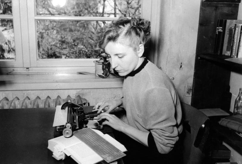 Woman at a braille typewriter (via    Wikimedia Commons   )