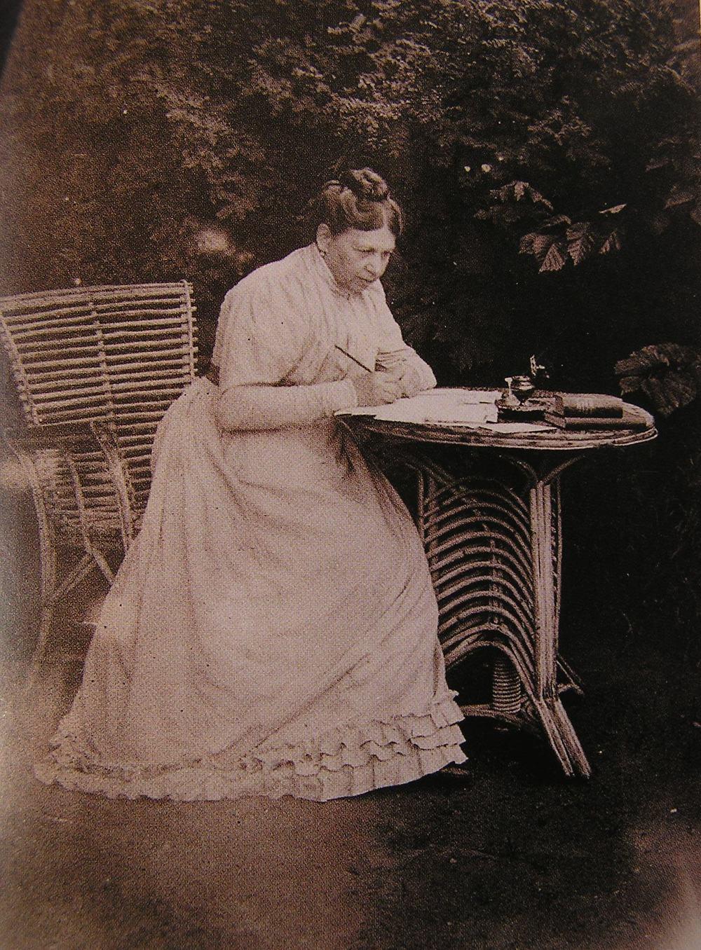 Sophia Tolstaya, circa 1900 (via Wikimedia Commons)