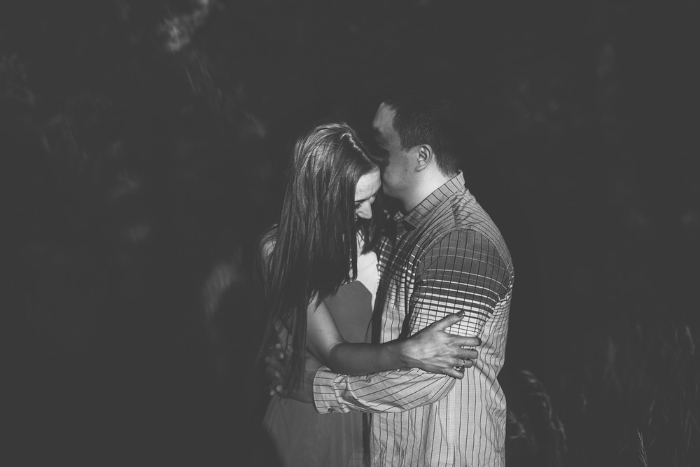 Brandon_Werth_Minneapolis_Engagement_Session_17.JPG