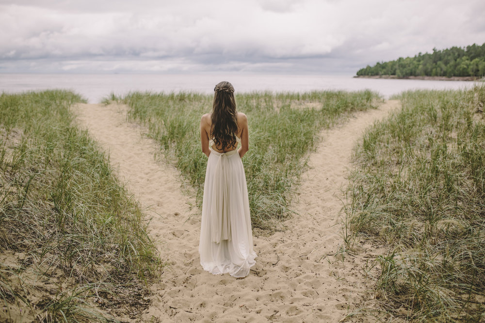 Brandon werth minnesota wedding photographer marquette michigan bride lake superior