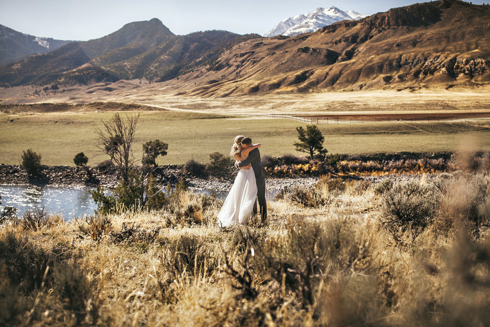 yellowstone national park wedding gardiner montana first look wedding photography brandon werth