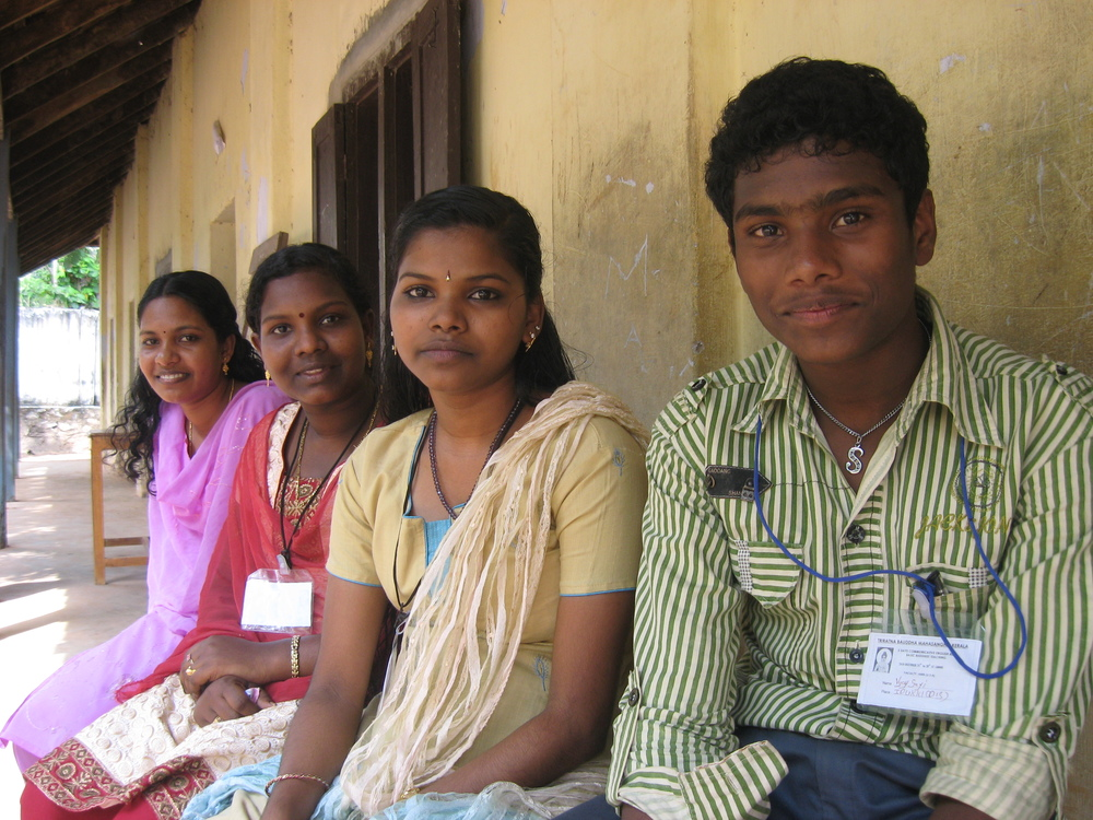 vijay n 3 girls.jpg