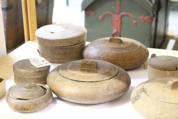 nice turned lidded boxes