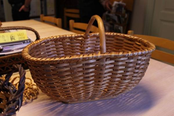 this is a unique basket from borås, split spruce, but down in the same style as the hazel baskets