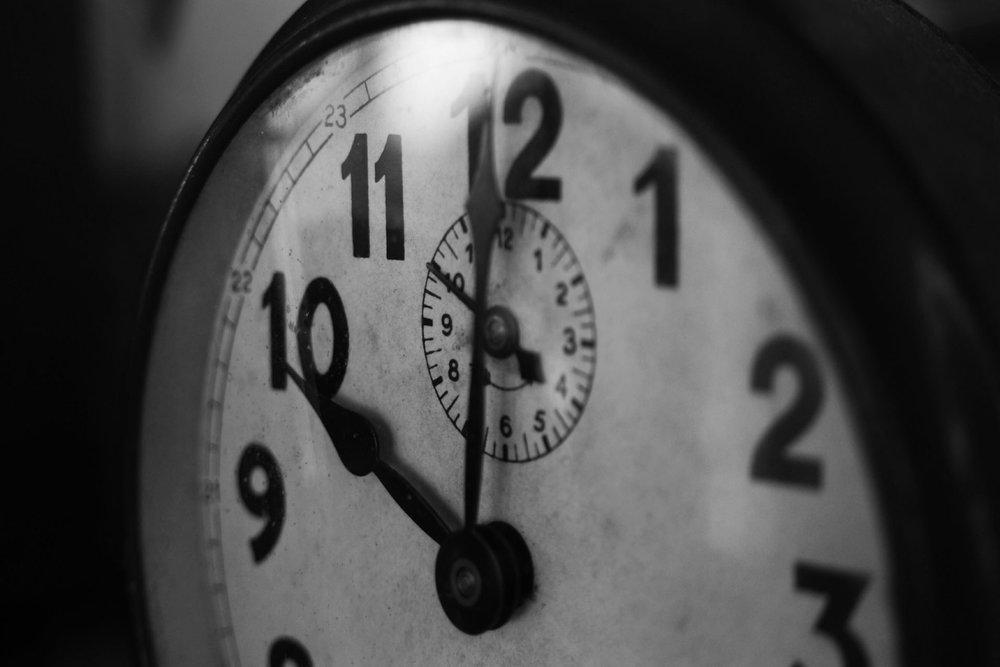 Clock b2b.jpg