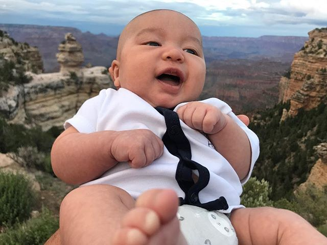 My boy Copernicus enjoying the Grand Canyon at seven weeks. It's never too early to get them outside. #grandcanyon