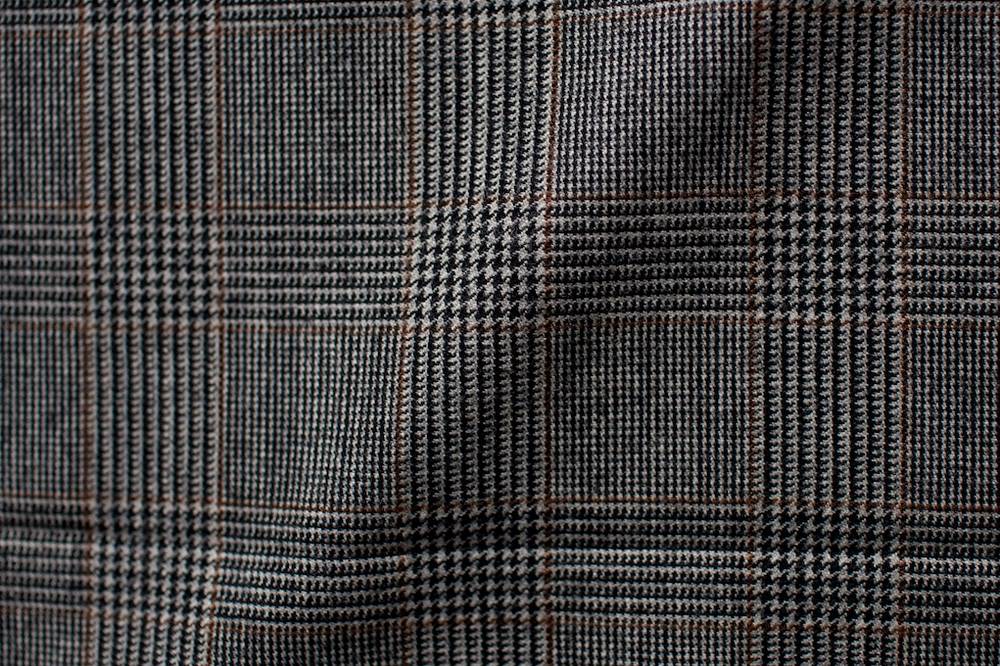 Grey Checkered Houndstooth Tweed