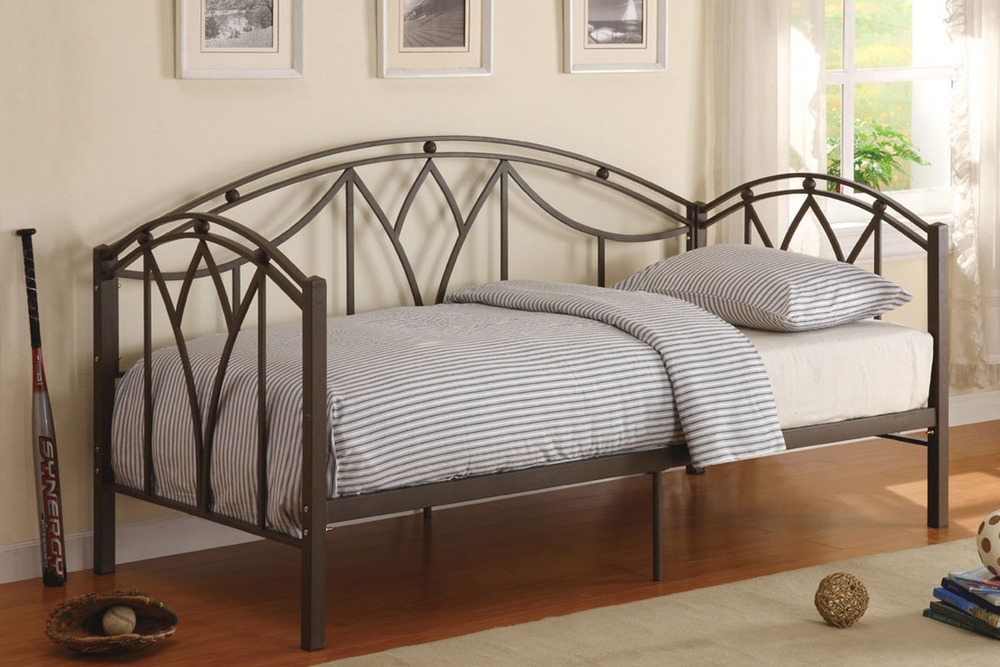 PX9082 Day Bed