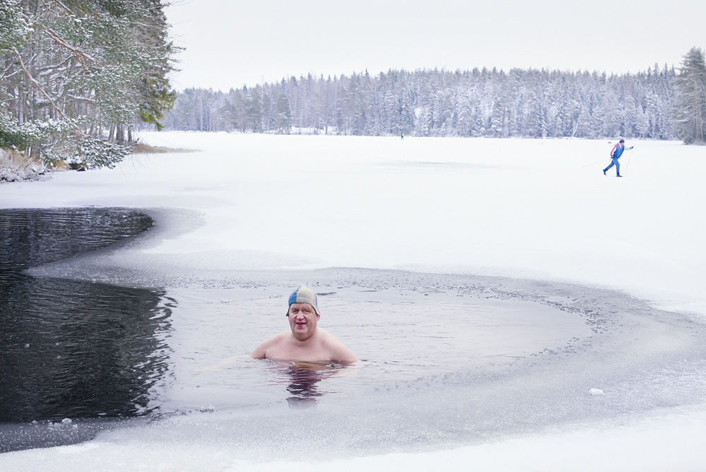 Ice swimming 55