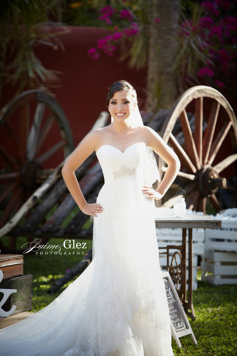 Hacienda-Santa-Cruz-wedding-photography-16.jpg