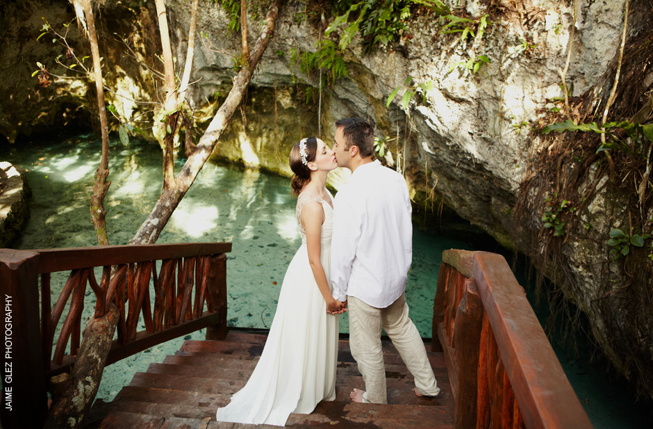 trash the dress cenote tulum 2