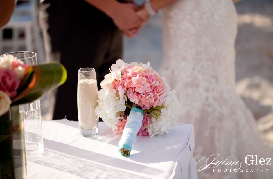 Sweet bride's pink and white bouquet!