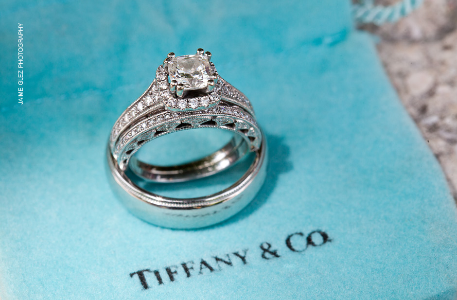 Stunning Tiffany & Co wedding rings vintage style.