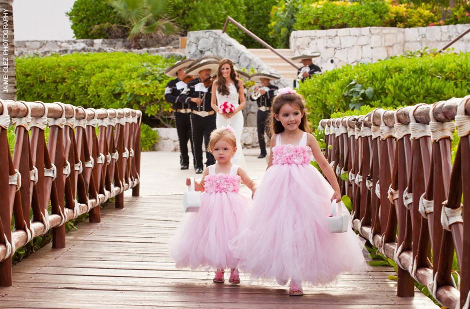 Gorgeous bride's daughters!