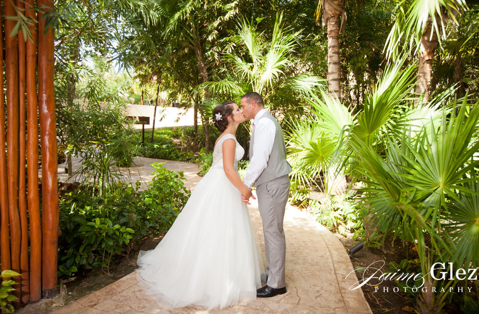 dreams-riviera-cancun-wedding-pictures-2