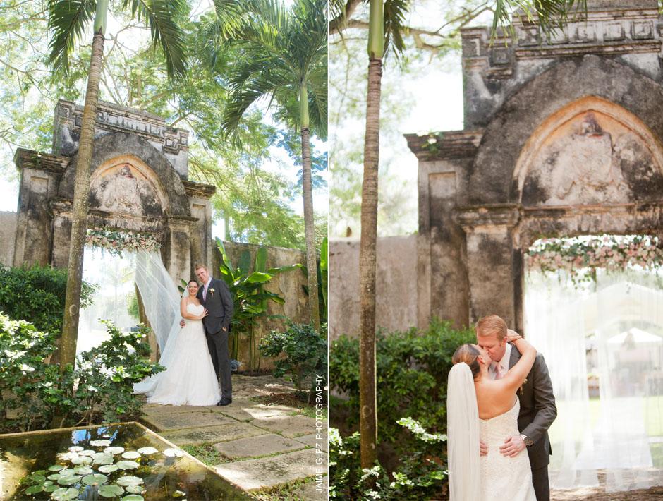 Me encanta la combinación de lo romántico junto con la bella arquitectura de una hacienda yucateca.