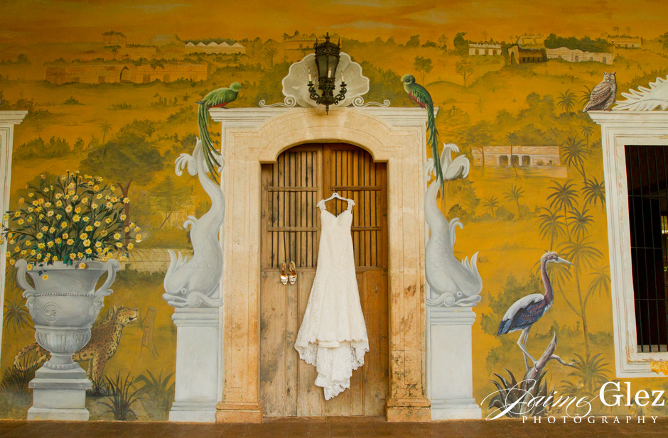Bridal wedding dress on the main house of Hacienda Tekik de Regil.