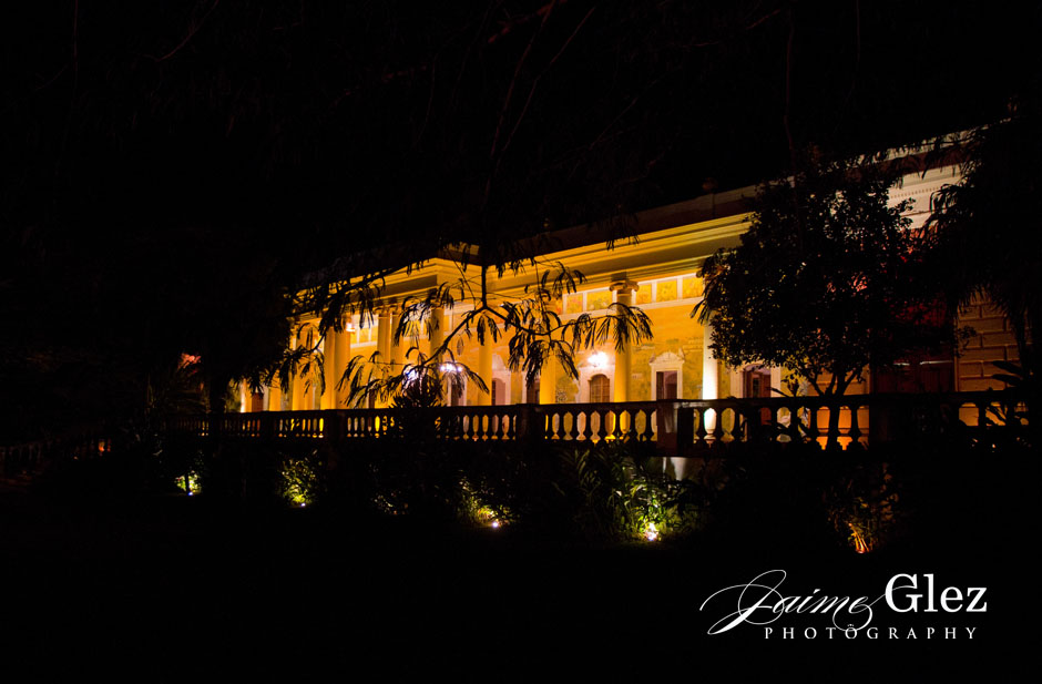 Night view of the Main House of Hacienda Tekik de Regil.