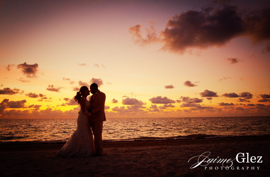 Speechless! Incredible couple's golden sky shot.