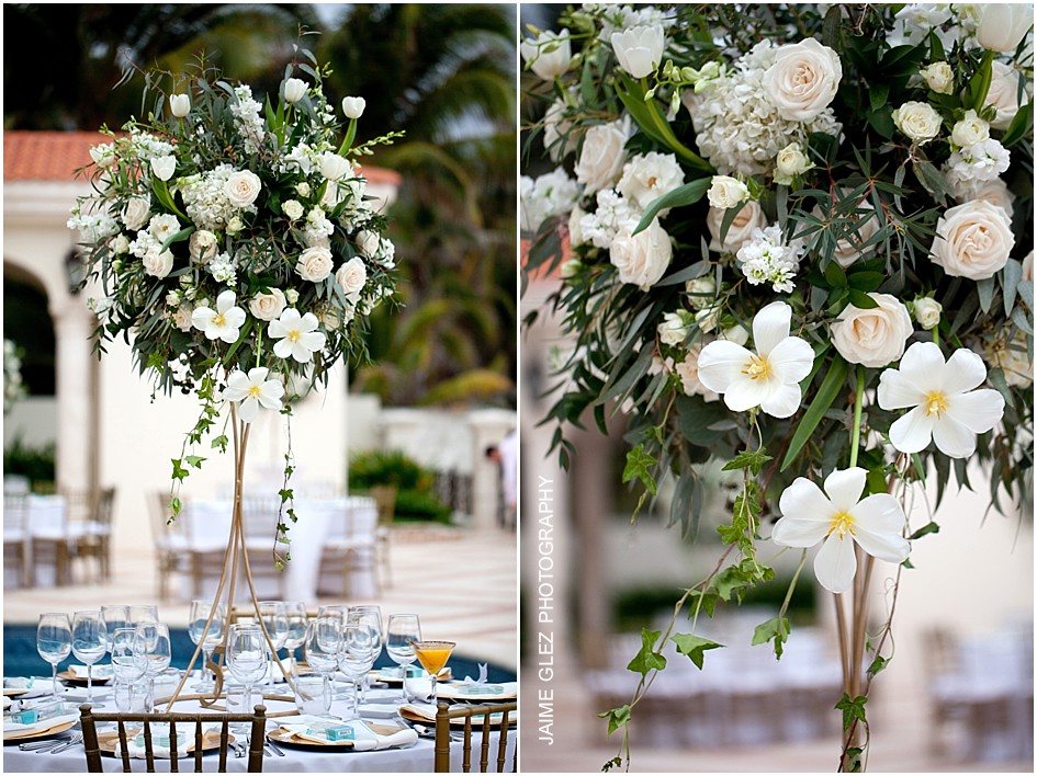 Charming floral wedding centerpieces