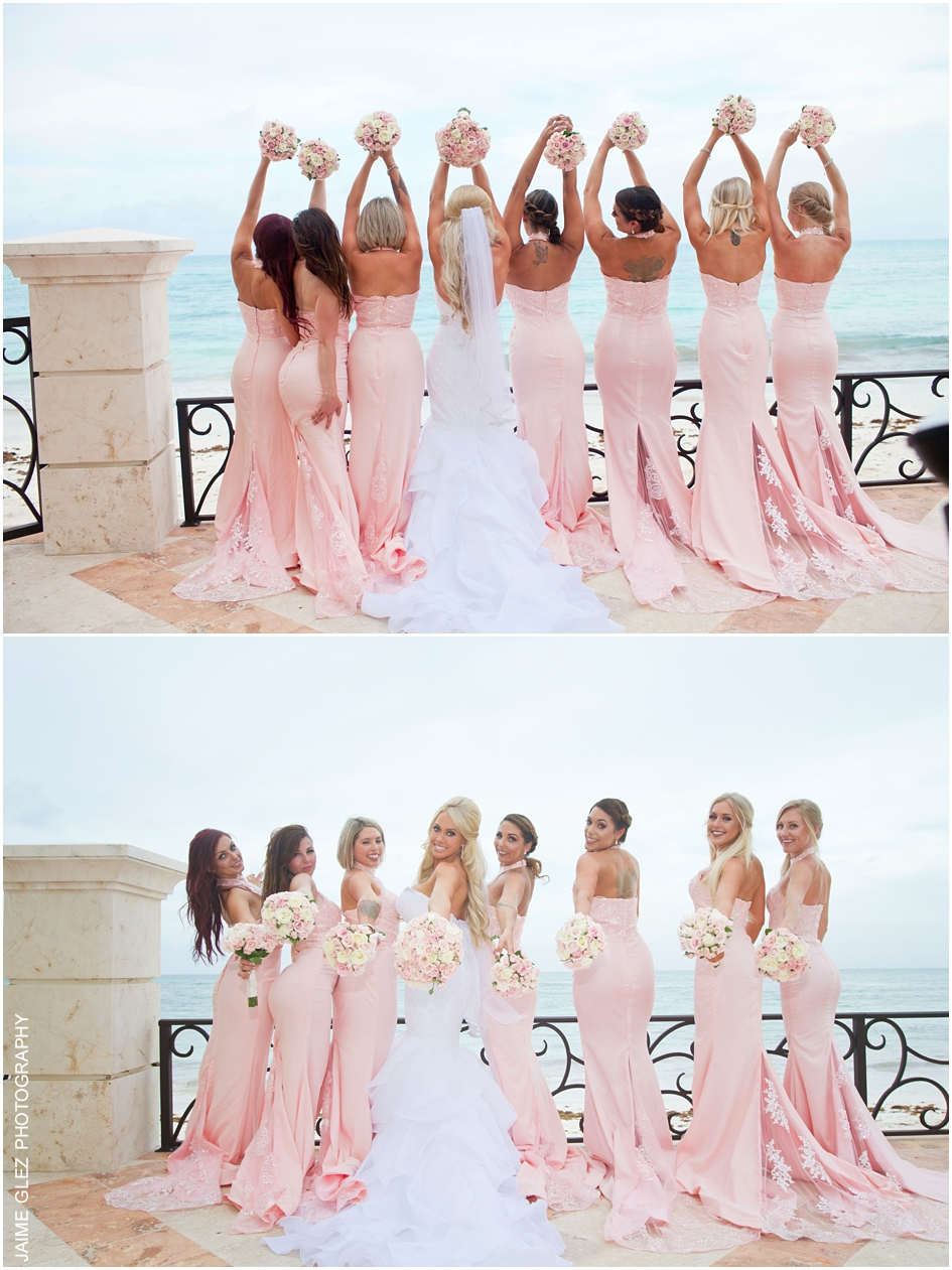 I love bridesmaids in pink!