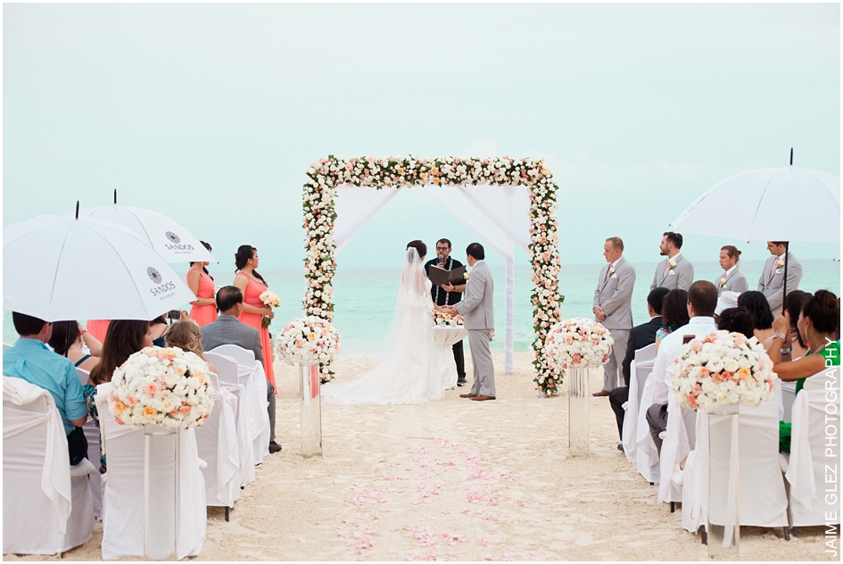 Sandos cancun luxury wedding 20