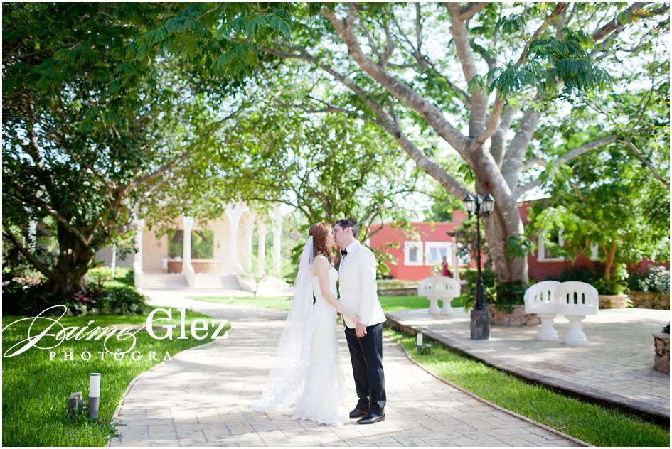 boda en hacienda santa cruz merida 17