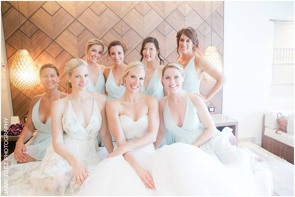 With the best, fun and beautiful bridesmaids team!