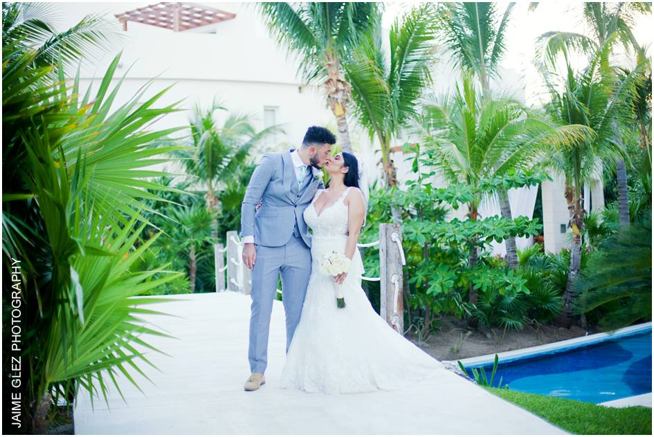 excellence playa mujeres wedding 20