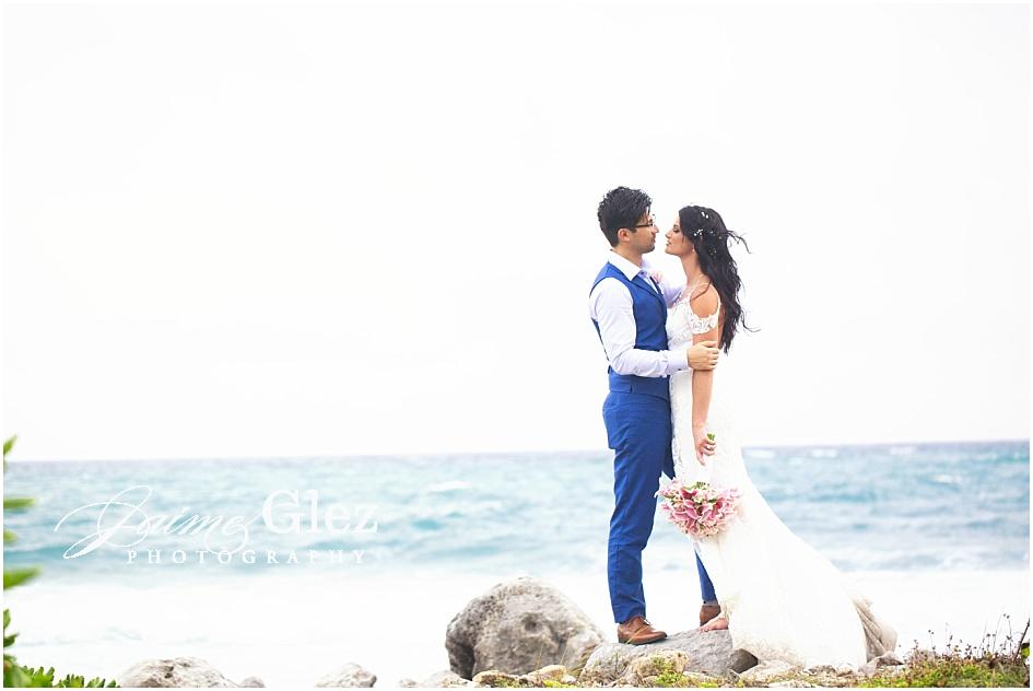 Rachel & Chris as newlyweds!