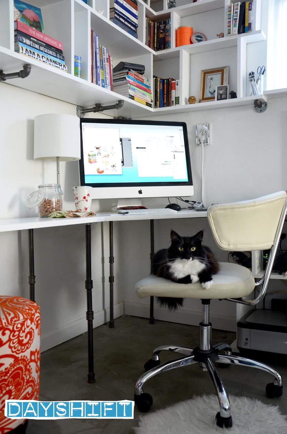 office7a.jpg