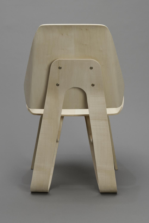 Sierra Yip-Bannicq_Loop Chair_5.jpeg