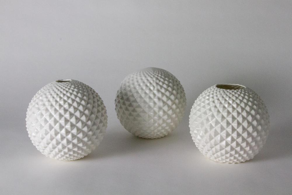 Sierra Yip-Bannicq_Durian Vase_9.jpg
