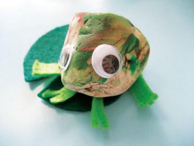 lionni_rock_frog.jpg