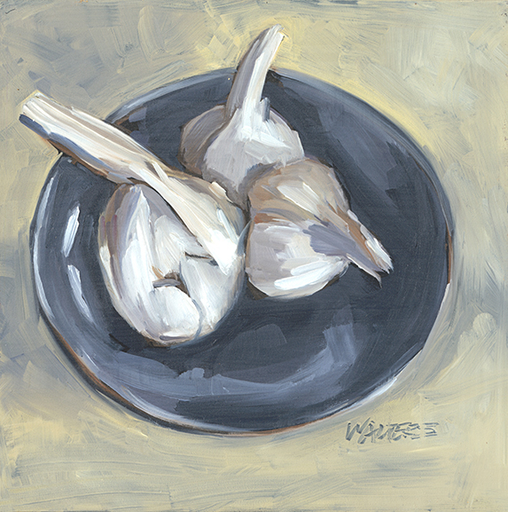3 Garlic (on a blue plate).jpg