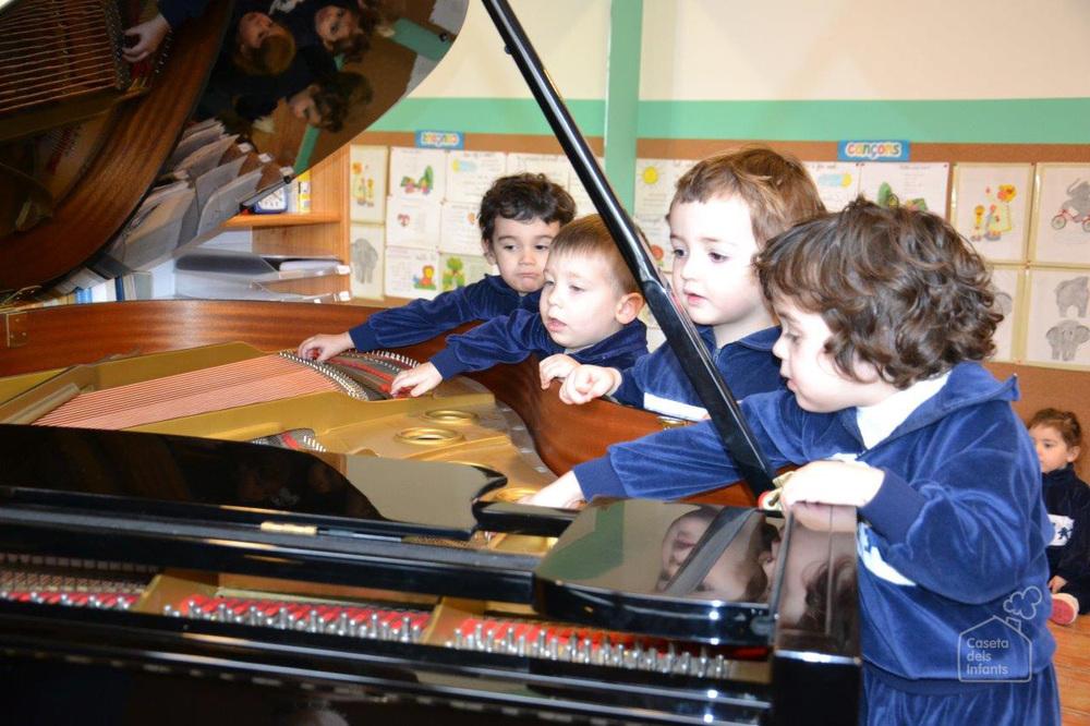 La_Caseta_dels_infants_Piano_01.jpg