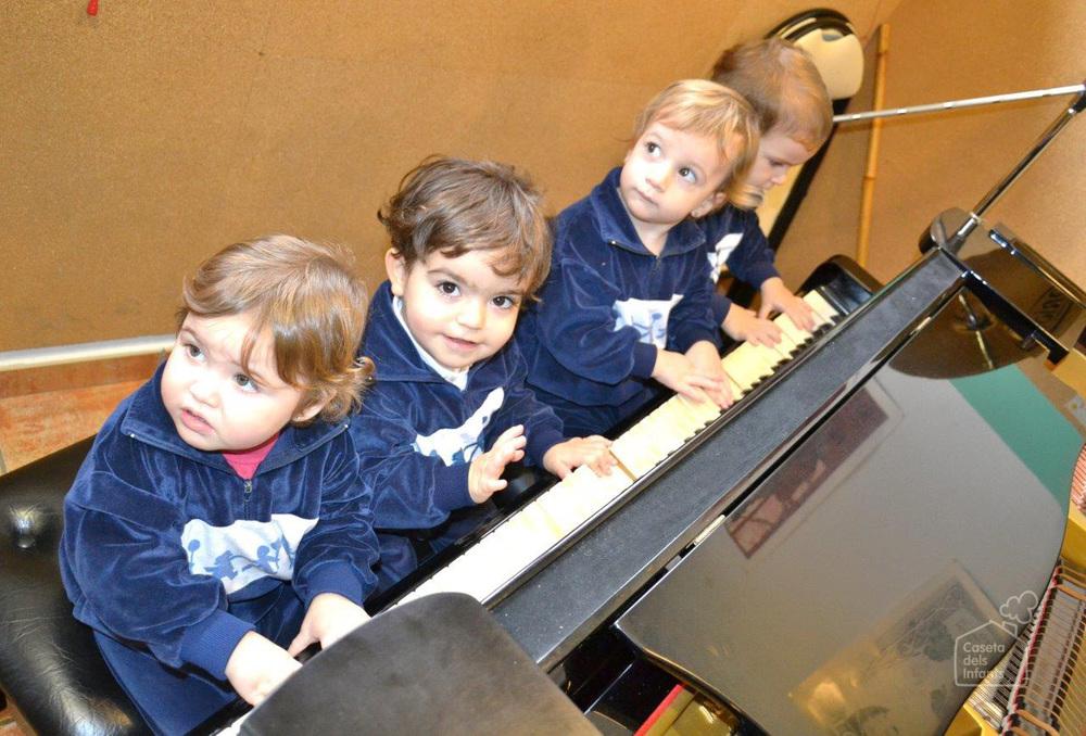 La_Caseta_dels_infants_Piano_09.jpg