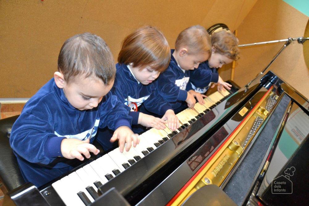 La_Caseta_dels_infants_Piano_11.jpg